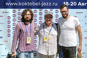 From left: Musicians Makar Novikov, Igor Bril and Aleksandr Zinger at the news conference given by the Brill Family band at the Koktebel Jazz Party 2017 international music festival.