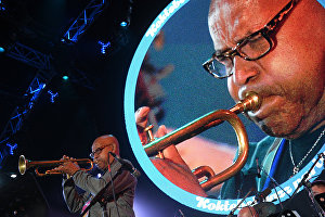 Eddie Henderson (USA), member of Yakov Okun's International Jazz Ensemble, performs during the All Stars KJP Jam with the participation of the big band lead by Sergei Golovin, at the 16th Koktebel Jazz Party international music festival